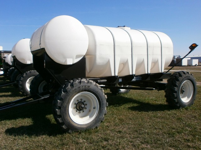 0 SCHABEN PATRIOT2000 FERTILIZER TRAILER